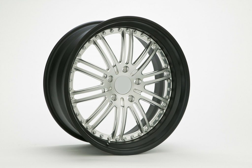 What Brands of Aftermarket Wheels Are the Best